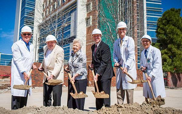 John R. Anderson V Medical Pavilion groundbreaking ceremony on the Scripps Memorial Hospital La Jolla campus.