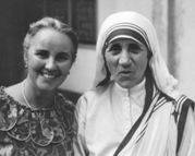 Dr. Figueredo stands beside her friend Mother Teresa in Calcutta in 1966.