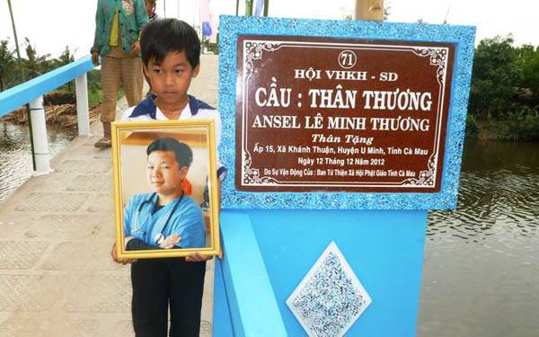 Dr. Hei Le started a foundation to build bridges for children in Vietnam in memory of his late son.