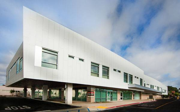 Scripps Memorial Hospital Encinitas opens a new critical care building featuring an expanded emergency room.