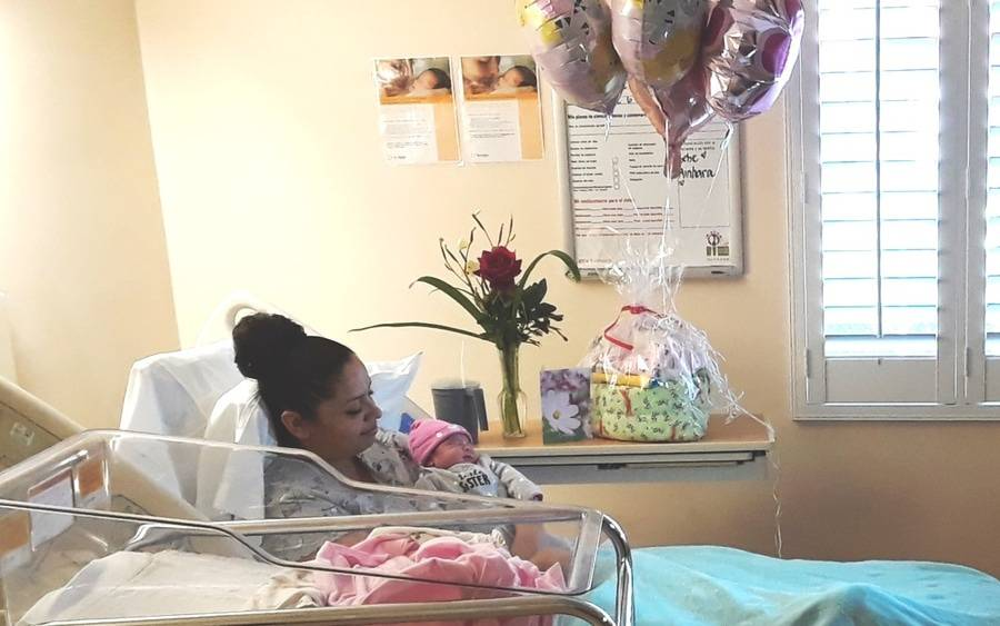 Elizabeth Morales and Ainhara Banos, first 2019 baby in San Diego County, delivered at Scripps Chula Vista.