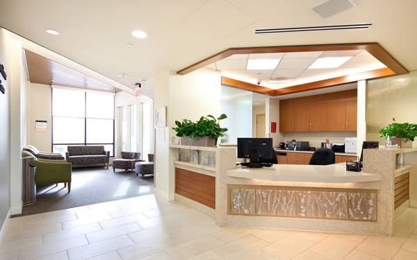 Fenton hunte breast care center lobby 600 x 375