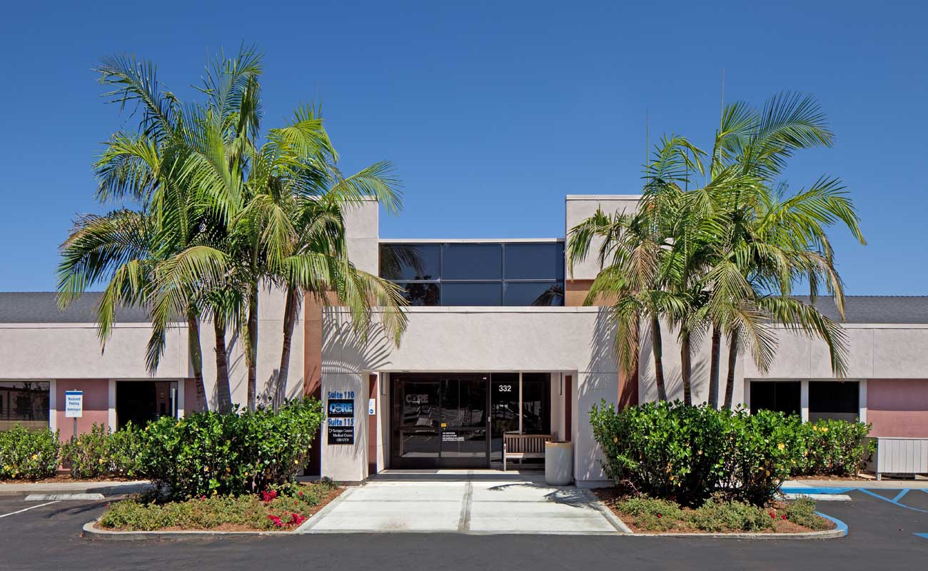 The exterior of the 332 building on the campus of Scripps Memorial Hospital Encinitas, home to Scripps Coastal Medical Center Encinitas OB-GYN doctors.