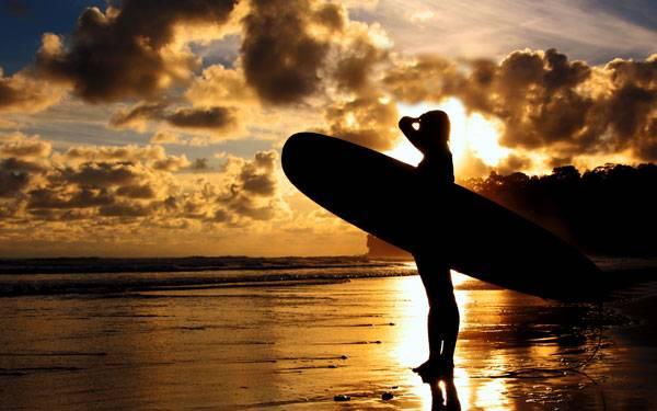 Hutchison-surfer-600x375