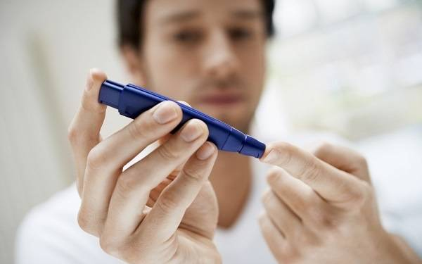 Diabetes is a growing health problem in the U.S. In San Diego County, additional hospital costs for patients with diabetes run up to $120 million a year.  Dr. Athena Philis-Tsimikas of the Scripps Whittier Diabetes Institute discusses this alarming trend.