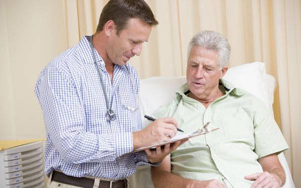 Learn options for treating prostate tumors.  Scripps physicians help patients weigh treatment risks and benefits.