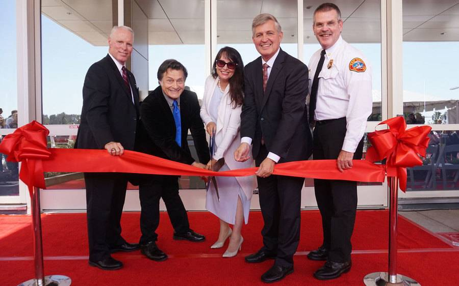 Ribbon cutting ceremony at the Barbey Family Emergency and Trauma Center.
