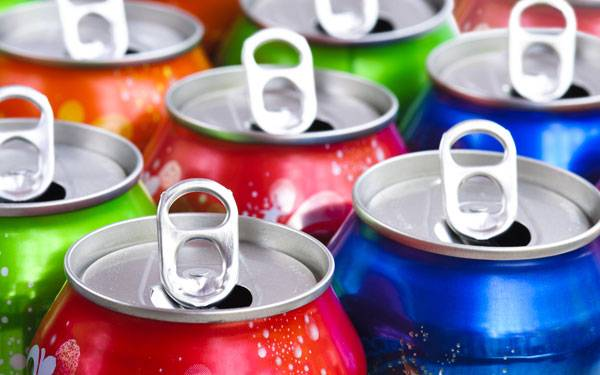 Study claims sugary beverages could be responsible for thousands of deaths per year.