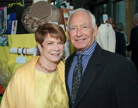 """PHOTO CAPTION: (From left: Brooke and Dan Koehler) Brooke and Dan Koehler were honored at the 22nd Annual Spinoff: Auction for Life, """"Charting the Course,"""" which raised nearly $1.2 million to support lifesaving cancer care at the Scripps Memorial Hospital La Jolla. [Photography by Bob Ross.]"""